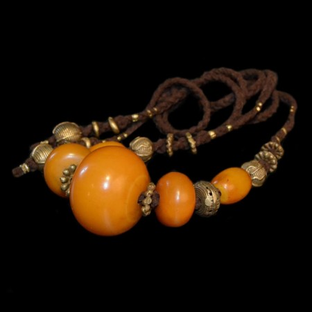 Old simulated amber bead necklace
