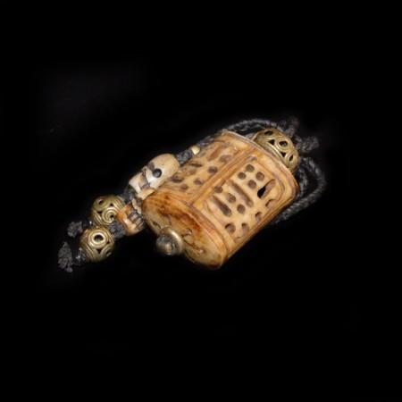 Antique Tibetan Bone Carving Amulet Necklace