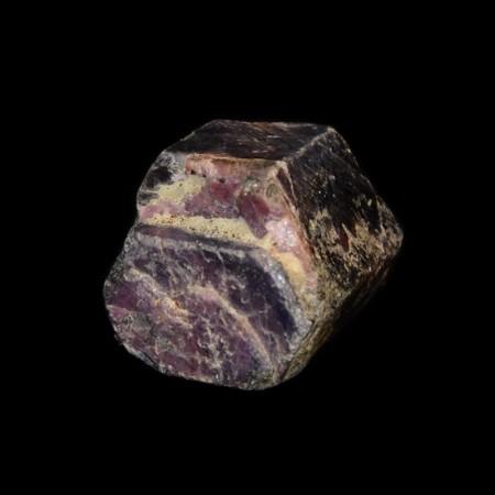 Grosser hexagonaler violetter Safir