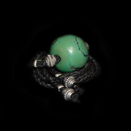 Grosse antike tibetische Türkisperle Choker