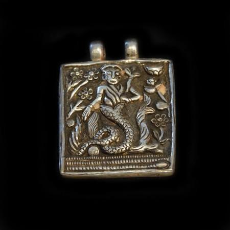 Grosses Hindu Silberamulett