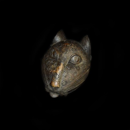 Kopf eines Bronze Leoparden, Benin