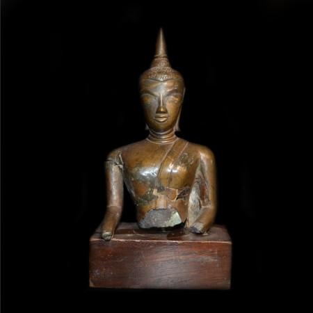 Antike Buddha Statue