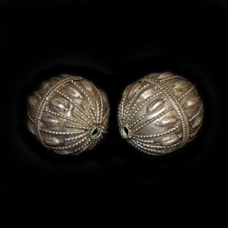 Antike ethnische Silberperlen aus dem Yemen